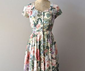 cotton, floral dress, and Full Skirt image