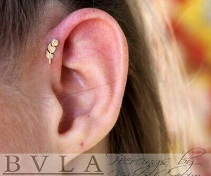 piercing, weheartit, and earpiercing image