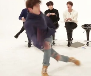 kpop funny, kpop meme, and jungkook reaction image