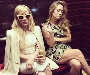 emma roberts, scream queens, and billie lourd image