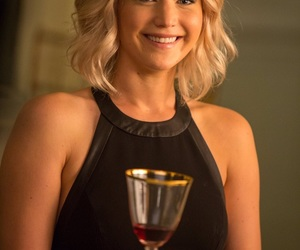 Jennifer Lawrence, passengers, and passengers movie image