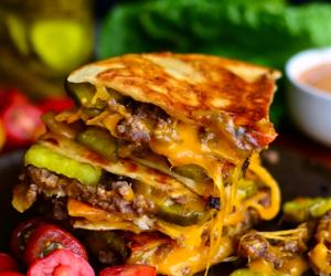 cheeseburger, delicious, and food image