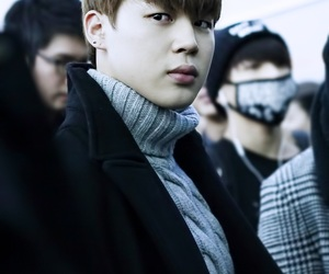 airport, fashion, and jin image
