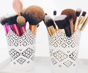 Brushes, inspo, and makeup image