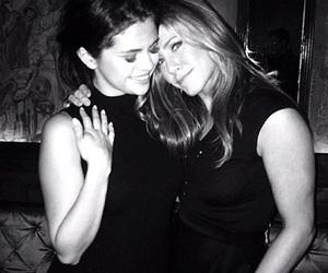 selena gomez and Jennifer Aniston image
