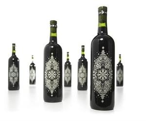 bottle, elegant, and drinks image