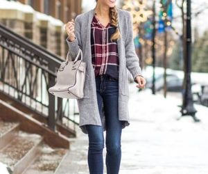 flannel shirt outfit image