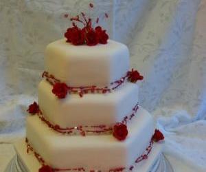 wedding, wedding cake, and valentine's cake image