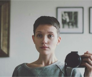 girl, hair, and shaved head image