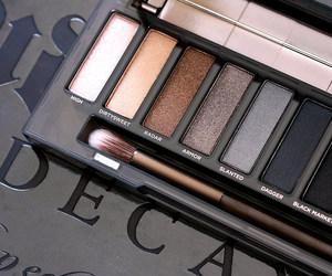 eye shadow, make-up, and urban decay image