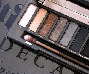 eye shadow, make-up, and urban decay image