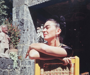 frida kahlo and Frida image