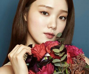 actress, leesungkyung, and Allure image