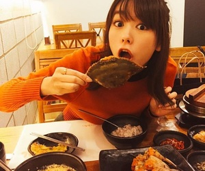 actrice, food, and girl image