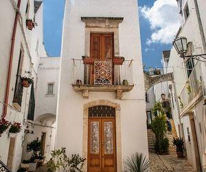 Apulia, white city, and mezzogiorno image