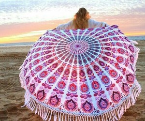 beach, alfombra, and girl image