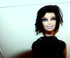 Alice Glass, barbie, and Crystal Castles image