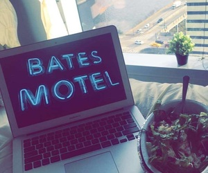 apartment, apple, and chipotle image