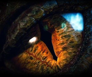 smaug, eye, and dragon image