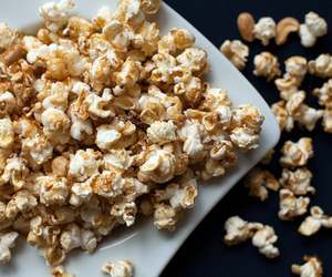 popcorn, food, and caramel image