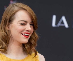 emma stone, movies, and red carpet image