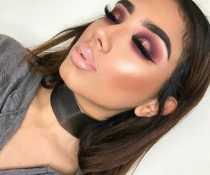 eye shadow, highlight, and pink image