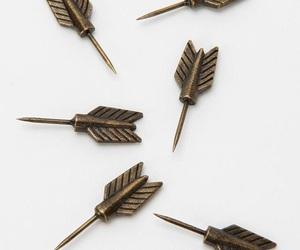 aesthetic, arrow, and minimalistic image