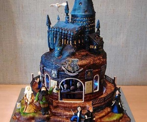harry potter, cake, and hogwarts image