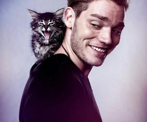 shadowhunters, dominic sherwood, and cat image