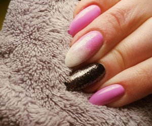 beuty, pink, and nails image