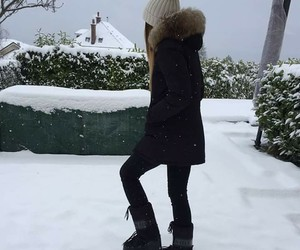girly, winter, and snow image
