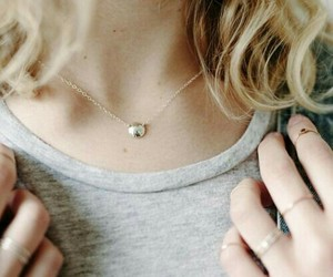 blonde, necklace, and clarke griffin image