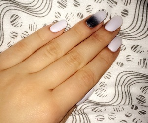 nails, gelpolish, and ombre image