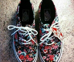 beauty, style, and vans image