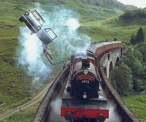 harry potter, train, and hogwarts image