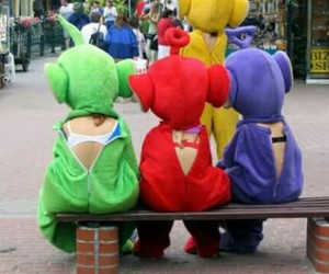 bra, teletubbies, and cry image