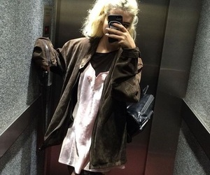 grunge, outfit inspo, and methlolli image