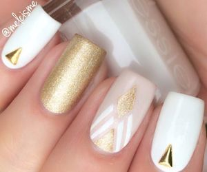 gold, nail, and nail art image