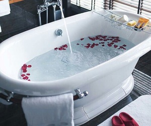 bath, bathroom, and rose image