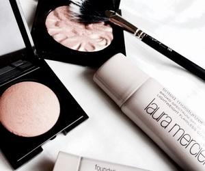 makeup, highlighter, and cosmetics image
