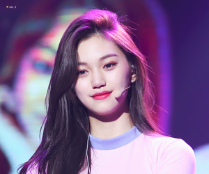 ioi, doyeon, and kpop image
