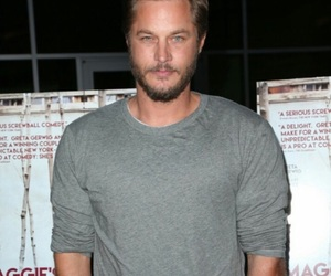 travis fimmel, vikings, and ragnar lothbrok image