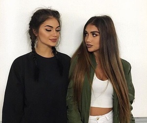 girl, makeup, and friends image