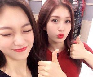 ioi, somi, and kpop image