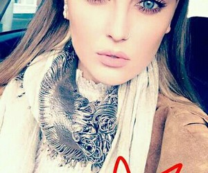 invierno, natural, and perrie image