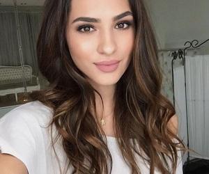 makeup and amanda kokoeva image
