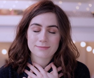 dodie clark and doddleoddle image