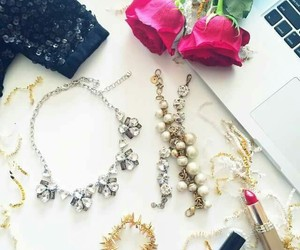 accessories, makeup, and اكسسوارات image