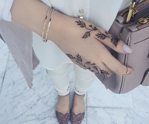 henna and cute image