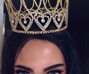 Queen, crown, and makeup image